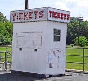 ticketscenterviewelem